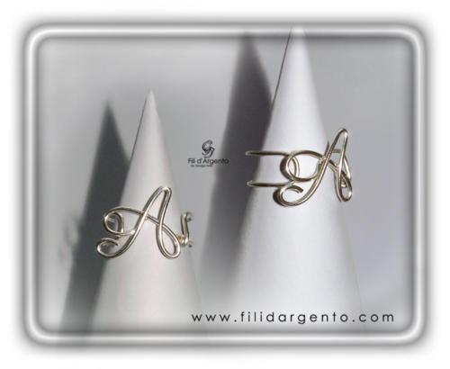Anello-Lettera-Iniziale-A-inclinata