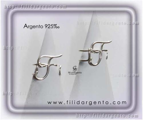Anello-Lettera-Iniziale-F-Stampatello Argento 925