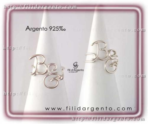 Anello iniziali B-E in Argento 925 Wire